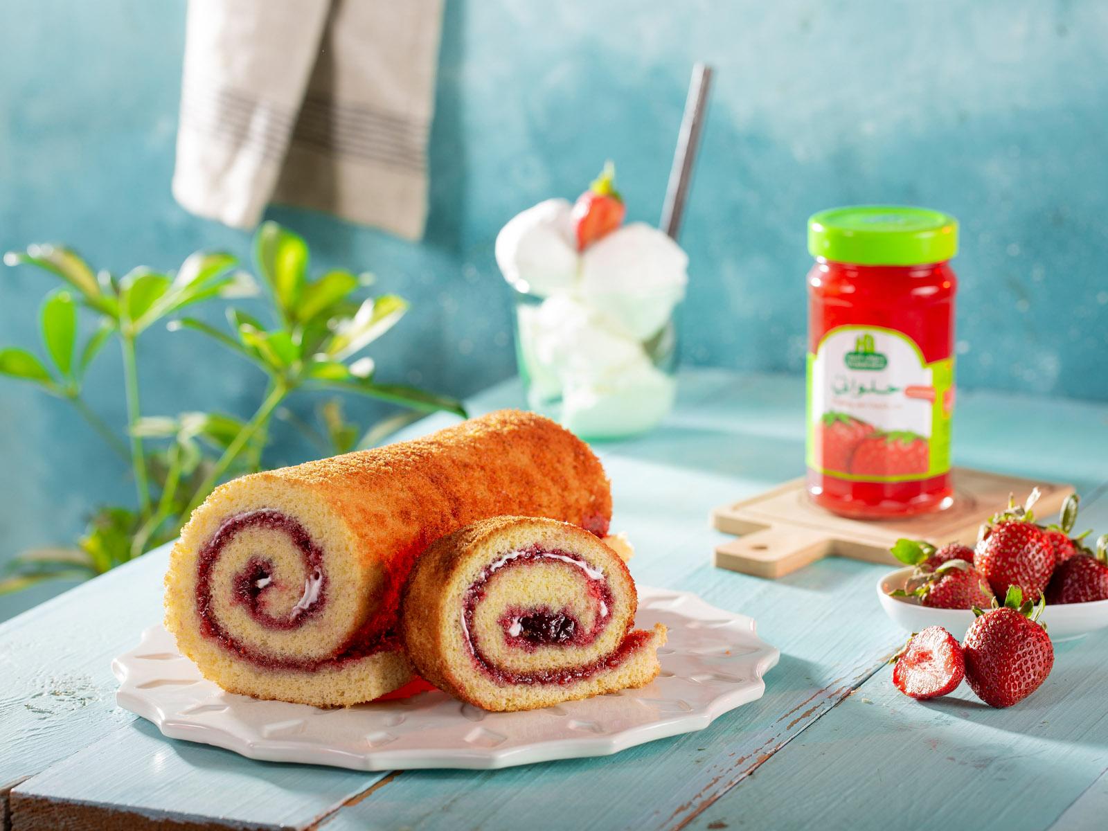 3- Jam - Strawberry Cake(1)